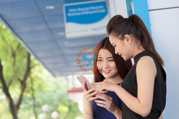 VinaPhone Tân Bình hỗ trợ khách hàng đăng ký VinaPhone trả sau tận nơi